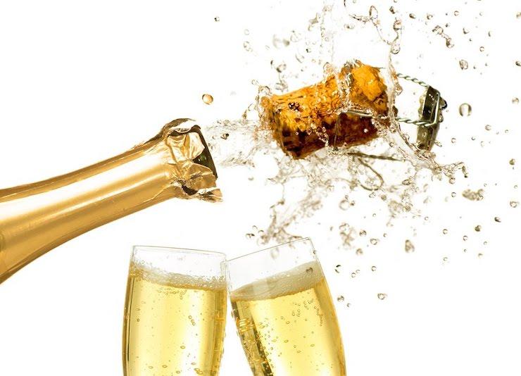 miniatura_blog-chiropractor-lolivera_barcelona_lescorts-crack-noise-neck-cervical-cava-champagne
